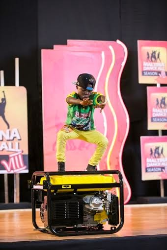 On Abuja Agog for MDA 8 Audition 2014, A 12 years Old boy wins a Generator!