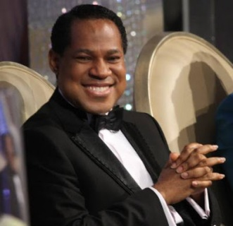 Pastor Chris Oyakhilome | ozara gossip