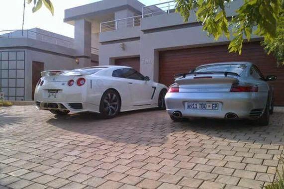 Oscar Pistorius and Samantha Taylor's cars   ozara gossip