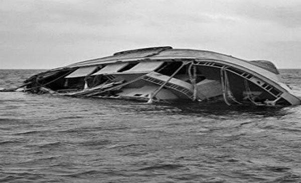 boat capsizes in Lagos | ozara gossip