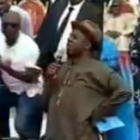 Photos: Gov. Rotimi Amaechi kneels to worship God during rally