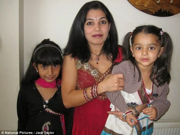Heena Solanki and her two poisoned daughters |  ozara gossip