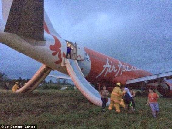 AirAsia plane in Philippines | ozara gossip