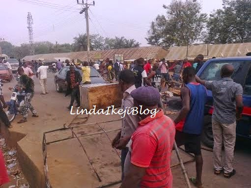 Youths protest Pharmacist assassinated in Benue | ozara gossip