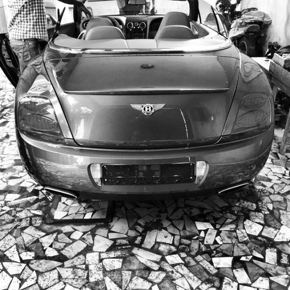 Wizkid's 2014 Convertible Bentley GT | ozara gossip