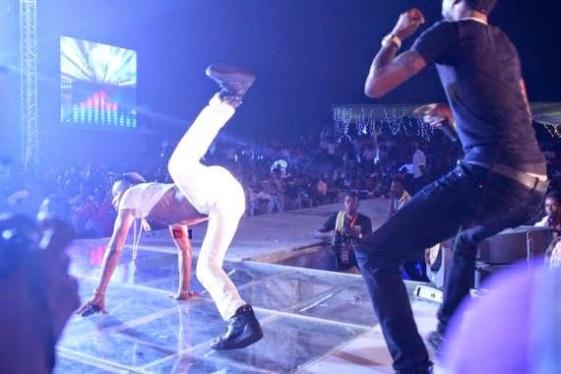 D'banj in a crazy performance on stage | ozara gossip