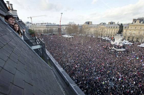 Crowd as World leaders match in Paris over Charlie Hebdo killing | ozara gossip